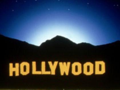 СНИМАЕТСЯ КИНО  По дороге в Голливуд